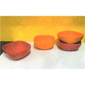 کاسه نارنجی قرمز